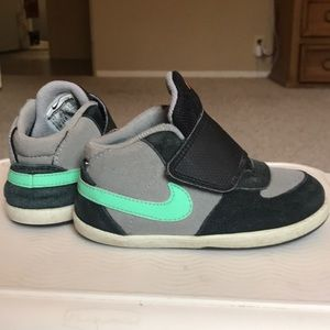SOLD*SOLD*SOLD*Nike Shoes